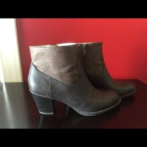 Used Chaps Ankle bootie